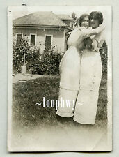 Smiles from Young Affectionate Embrace Women Vtg Old Found PHOTO, lesbian int