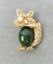 Vintage Ciro winking cat pin or brooch green glass cabochon belly pearl eye