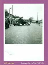 PHOTO DE POLICE CONSTAT D'ACCIDENT 1955, VIEUX CAMION CONTRE MOTO  -J81