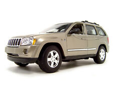 2005 JEEP GRAND CHEROKEE GOLD 1:18 DIECAST MODEL CAR BY MAISTO 31119