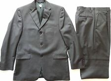 Burberry USA Made Dark Gray Wool Pre-Owned & Tailored Suit size 40 R