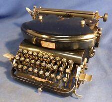 Modello aquila 7-macchina da scrivere Typewriter - 181