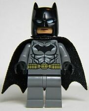 Lego Super Heroes 76026 Minifig - Batman (Dark Bluish Gray Suit)