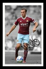 MARK NOBLE - WEST HAM UNITED AUTOGRAPHED SIGNED & FRAMED PP POSTER PHOTO