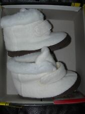 *CUTE* NEW Baby GAP Girl LEATHER Outsole Faux Fur Warm Boots SHOES US Size 5