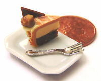 1:12 Scale Slice Of Cake On A Plate Dolls House Miniature Kitchen Accessory SC14