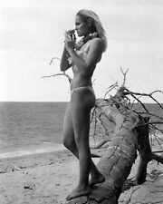URSULA ANDRESS UNSIGNED PHOTO - 4808 - BEAUTIFUL!!!!!