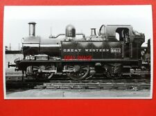 PHOTO  GWR CLASS 14XX LOCO NO 5811 ON SHED AT OLD OAK COMMON