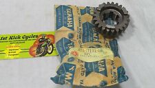 NOS YAMAHA 3RD GEAR PINION 23T DT RT 1970-1973 275-17131-10