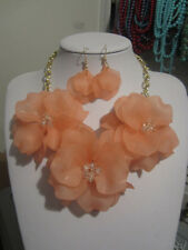 Peach Acrylic Triple Flower Clear Faceted Glass Bead Chunky Necklace earring