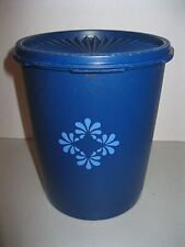 """TUPPERWARE ~ VINTAGE BLUE CANISTER W/ FLORAL DESIGN ~ 6 3/4"""" TALL ~ 8 CUPS"""