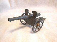 Toy Soldiers Artillery Canon-WW I German Army?-Made in France-Very Good