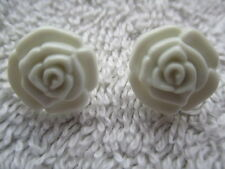 12MM ROSE BUTTONS WITH SHANKS - CHOICE OF COLOURS & QUANTITY