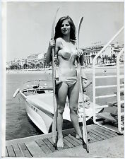 Photo Charlotte Rampling - Cannes Festival - Ski nautique - 1965 - 21x26 -
