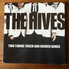 "The Hives - Two Timing Torch And Broken Bones 7"" Vinyl"