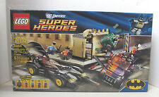 LEGO 6864 - BATMAN - Batmobile and the Two-Face Chase - LEGO SUPER HEROES
