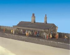Ratio 204 Station Building Only N Gauge Plastic Kit New Boxed - T48 Post