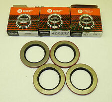LOT of 4 - National Oil Seals 472397 Axle Spindle Seal