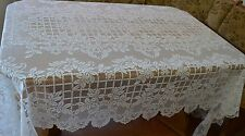 Heritage Lace Polyster White Tablecolth Roses Criss Cross Design 70 Round(485