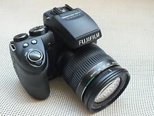 Fujifilm FinePix HS Series HS30EXR / HS33EXR 16.0 MP Digital Camera - Black