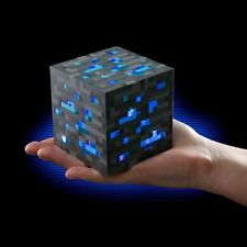 MINECRAFT Thinkgeek Light-Up Diamond ORE Night Light Cube 3 Levels Of Light