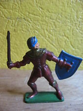 1/32 STARLUX  MOYEN AGE  HOMME D'ARMES EPEE