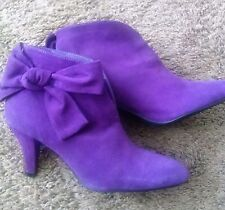 Women's Low Boots Suede Purple Color Brand New Miss Meghan Size 6 made in China