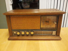 RETRO GE AM FM CLOCK RADIO PECAN ON WOOD FINISH C2560H WATCH DEMO VIDEO
