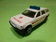 GREAT BRITAIN MERCEDES BENZ 300 TD W124 - AMBULANCE 1:55? - GOOD CONDITION