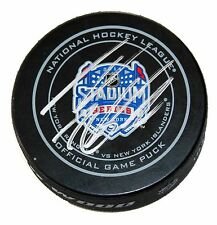 THOMAS VANEK SIGNED 2014 STADIUM SERIES GAME Puck NEW YORK ISLANDERS NY +COA