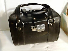 vintage leather look alike bag for DSLR camera - Two levels - in good condition.