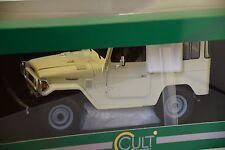 Cult Models CLTL016.1  - Toyota Land cruiser FJ40 Crème 1/18