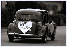 schwarz-weiß Ansichtskarte:Hochzeits - Chevrolet - herrlicher Oldtimer