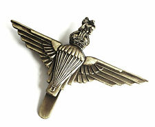 LARGE PARA REGIMENT MILITARY BADGE official bronze vintage Army parachute clip