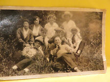 1945 PICTURE OF A GROUPE OF FRIENDS SITTING IN THE GRASS  MONTREAL QUEBEC