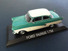 FORD TAUNUS 17M VOITURE 1/43 IXO IST - LEGENDARY CAR AUTO - B51