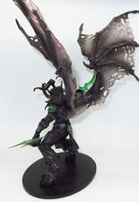 WORLD of WARCRAFT DEMON FORM ILLIDAN STORMRAGE DELUXE BOXED ACTION FIGURE MODEL