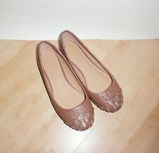 NEW Schuh womens GE WOVEN PUMP brown slip on casual shoes size 4