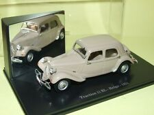 CITROEN TRACTION 11 BL BELGE 1951 ATLAS Boite vitrine 1:43