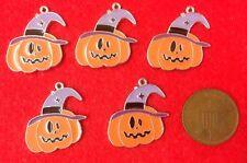 """Un conjunto de 5 Funky feliz Halloween Calabaza Cara Silver Tone Metal Esmalte encantos"""""""