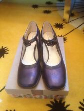 Orla Kiely Clarks Navy Amelia Shoes 6.5 D UK New In Box