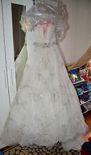 Authentic Kenneth Pool Flirtation A-Line Hand Beaded Tuffed Wedding Dress (8)