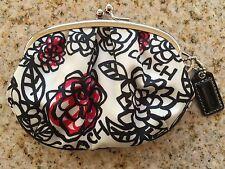 COACH RARE Poppy daisy floral Framed Coin Purse Kisslock EUC