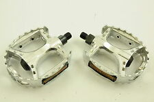 "BMX ALLOY BEAR TRAP PEDALS STRONG CR-MO AXLE 1/2"" FOR ONE PIECE CRANK BARGAIN"