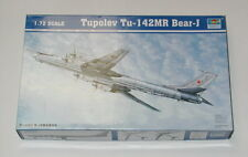 Trumpeter 1/72 Scale Tupolev TU-142MR  Bear - J