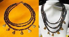 Collier 3 rangs perles verre noir irisé et pendants