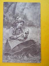 """carte postale BRETAGNE fillette enfant de Pougastel """"la poupée"""""""