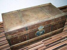 Hermosa antiguo Caja de madera con Conexión metal, Cofre del tesoro, raro Talla