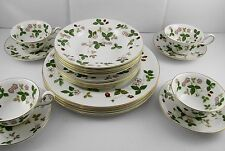Wedgwood Wild Strawberry China  20Pc Set, Service for 4