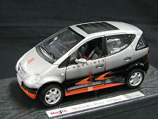 Maisto Mercedes-Benz A-Class 1:18 West McLaren Mercedes Hakkinen Design (JS)